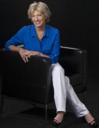 wardrobe stylist ma - Doreen Dove